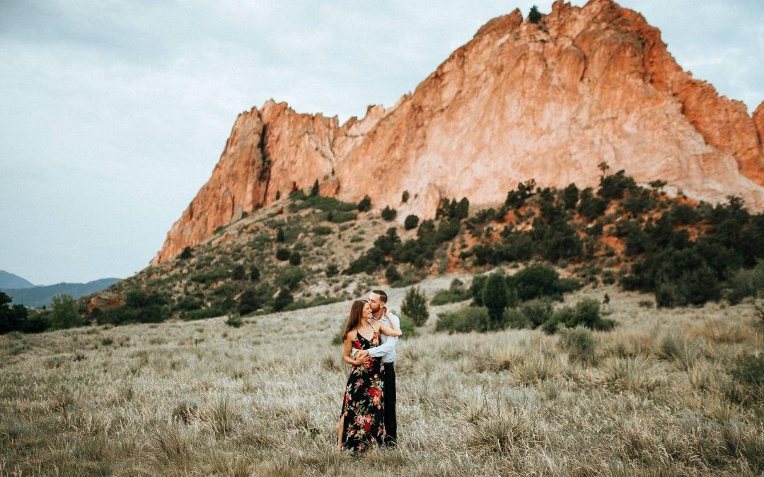 Garden of the Gods, Colorado Springs Engagement Session   Cameron & Tori