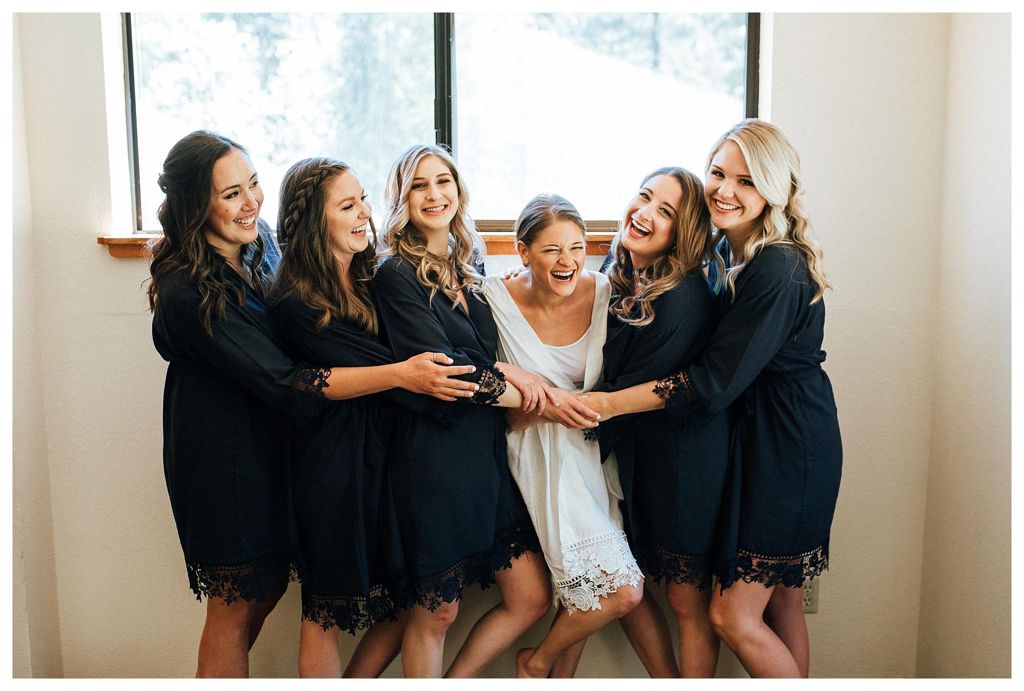 brideandbridesmaidsgettingreadygranlibbakentahoe.jpg