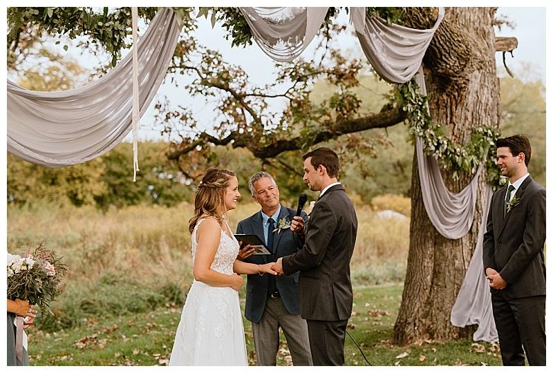 Minnesota Backyard Wedding Stillwater_0063.jpg