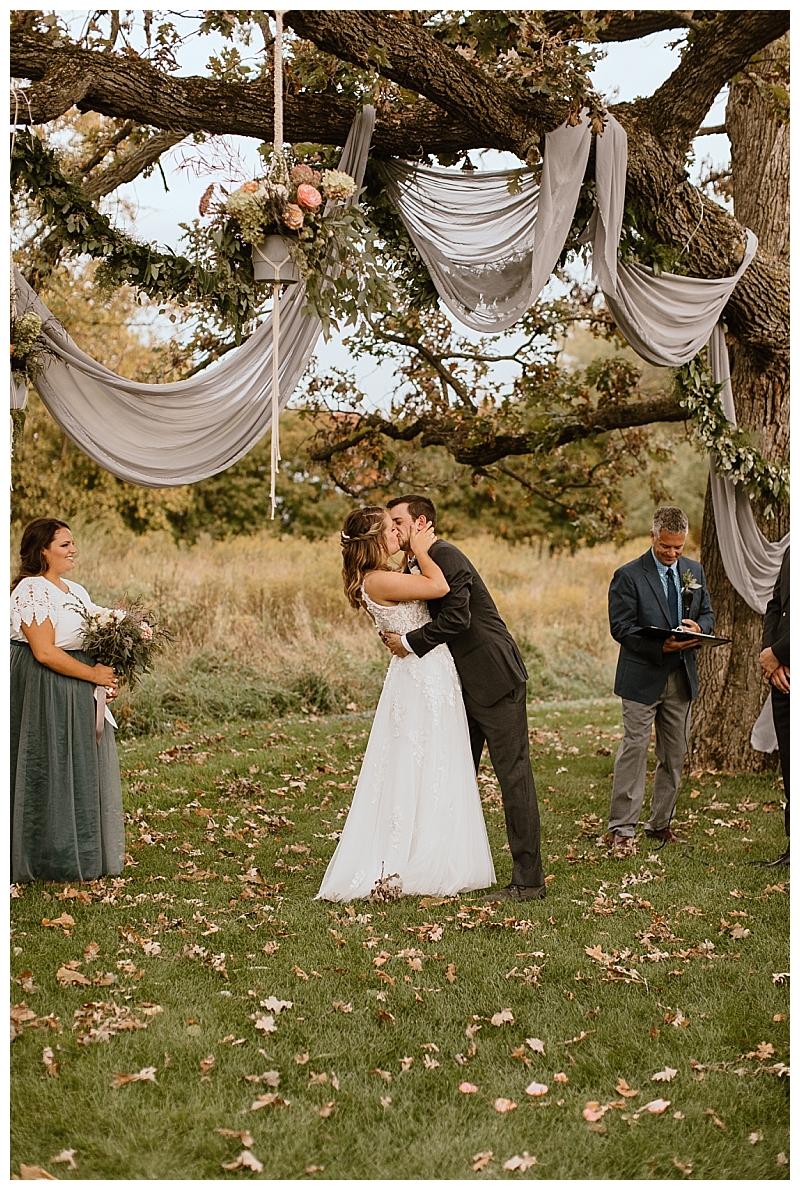 Minnesota Backyard Wedding Stillwater_0064.jpg